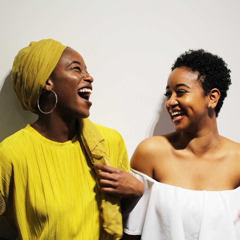 black-british-blogger-natural-hair-blog-detail-pose-photography-events-london-afro-glory-girls-laughing-black-women