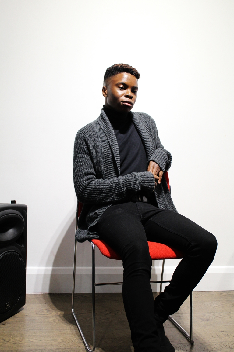 black-british-blogger-natural-hair-blog-detail-pose-photography-events-london-afro-glory-black-men-fashion-style